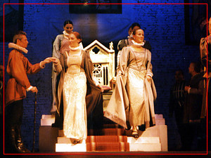 Fiorella Spadone en Elisabetta - Teatro Margarita Xirgu - Marzo 2004