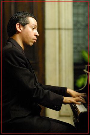 Danián Roger - Piano
