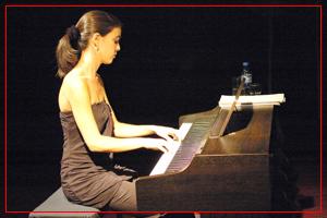 Guadalupe Ceballos - Piano