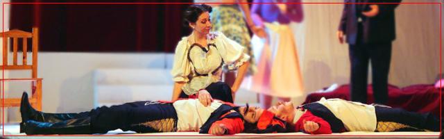Così fan tutte, de W. A. Mozart. Junio 2009. Teatro Roma de Avellaneda.