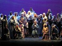 Nabucco, Teatro Avenida, Oct. 2004